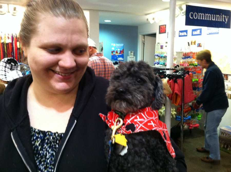 Dog owners got some Valentine's Day kisses from their pets Tuesday night in Portland.