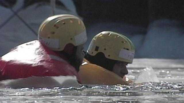 Officials train for ice rescues