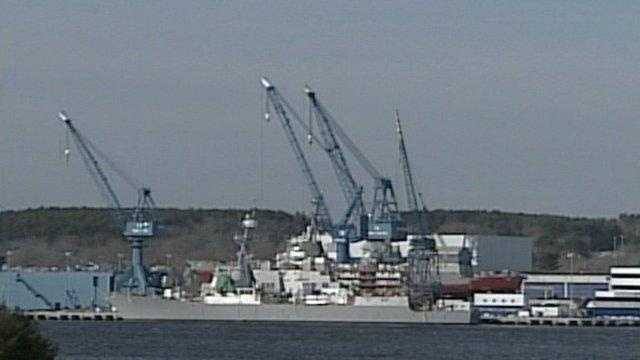 4: Bath Iron Works employs 4,501-5,000 people.