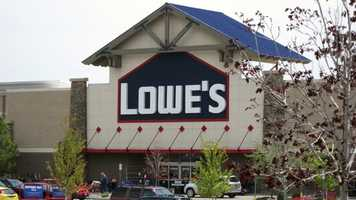 18: Lowes employs 1,001-1,500 people in Maine