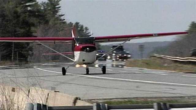 img-Plane Takes Off