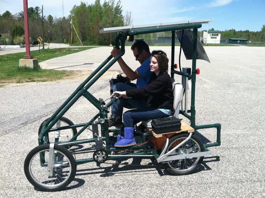 Students at the Oxford Hills Technology School in Norway have built their own solar-powered car.