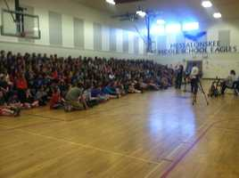 Maine singer songwriter Lexi James shared her experiences with students at Messalonskee Middle School in Oakland on Friday.