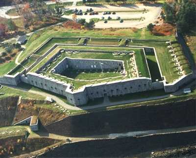 """2. In 2011, the SyFy channel's popular """"Ghost Hunters"""" show visited Fort Knox State Historic Site."""
