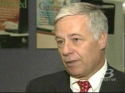 Rep. Mike Michaud (D) has announced he will run for governor.