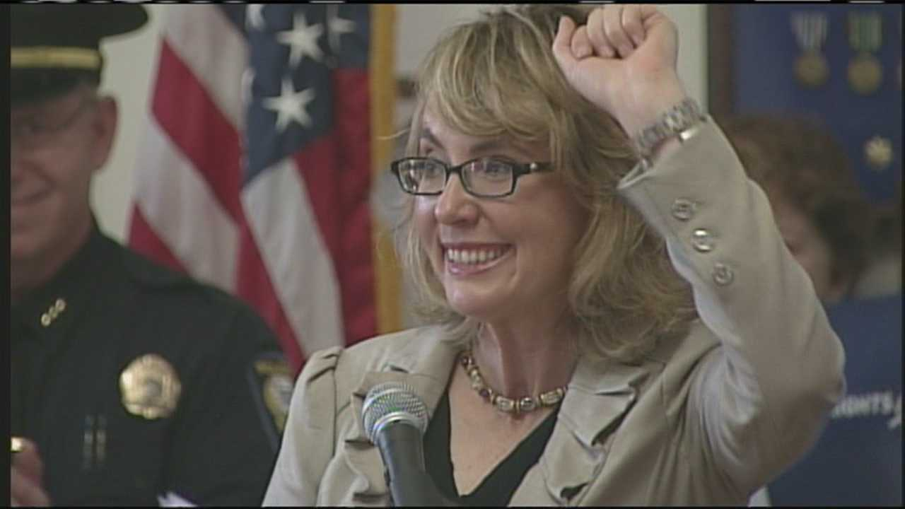 """Gabby Giffords brings """"Rights & Responsibilities"""" tour to Portland."""