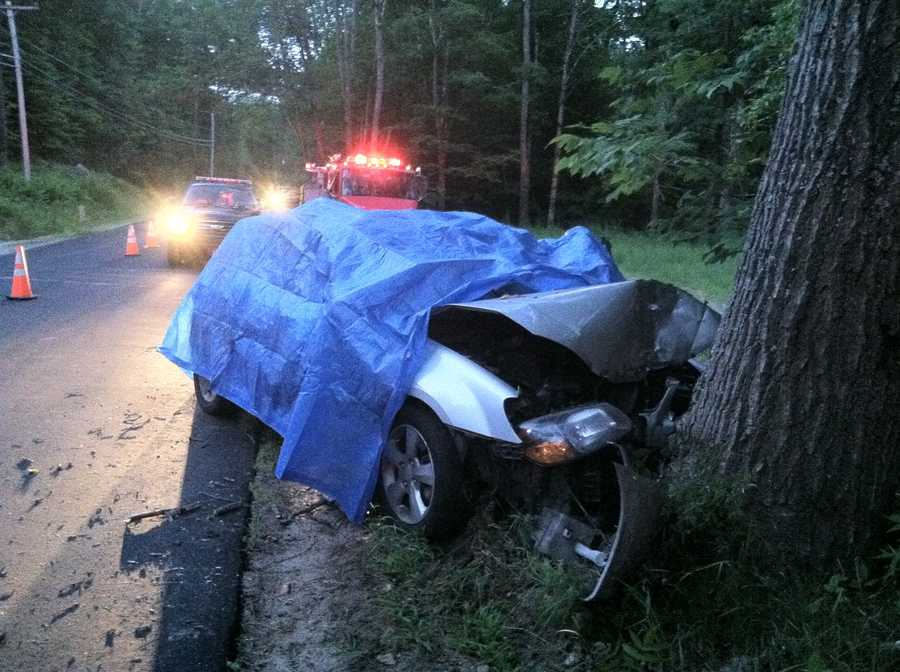 Cumberland County sheriff's deputies say one person was killed in a single-car crash in the town of Harrison.