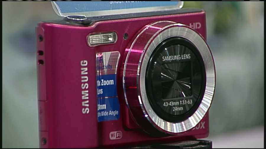 WMTW News 8's Norm Karkos take a closer look at digital cameras this holiday season. Click here to watch.