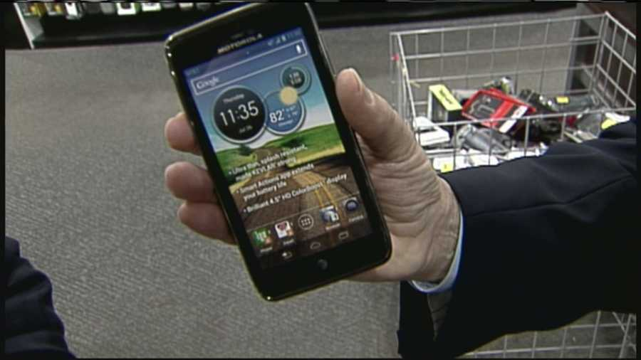 WMTW News 8's Norm Karkos takes a closer look at the smartphone options this holiday season.  Click here to watch.