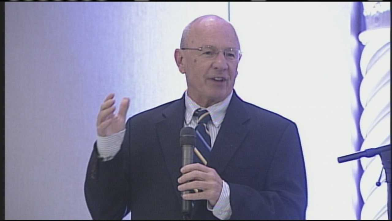 Portland mayor speaks at hotel reopening