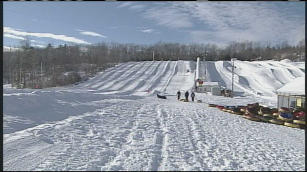 img-Despite cold Mainers have fun in the snow