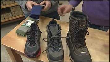 WMTW News 8's Norm Karkos looks at why shoe insulation is important to keep your feet warm. Click here to watch.