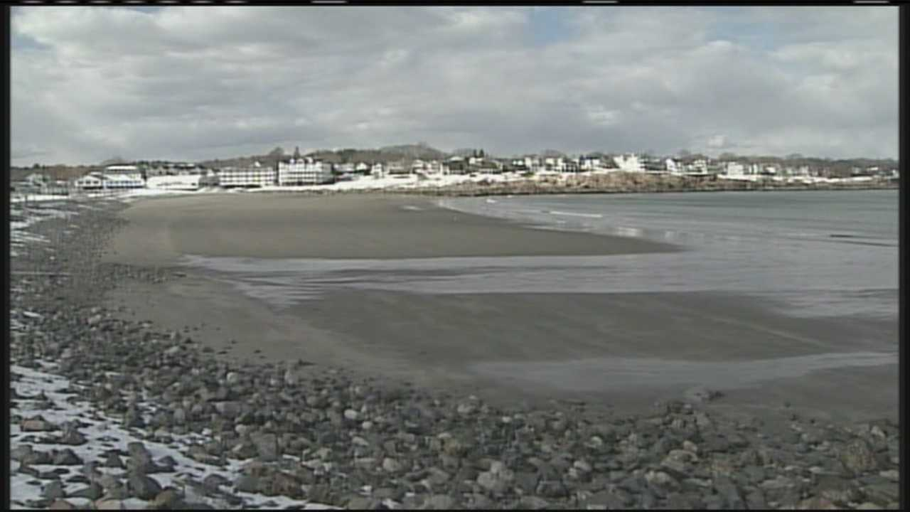 The York Board of Selectmen met Monday night to discuss how to ensure public access to the beaches in the town. WMTW News 8's Shernay Williams reports.