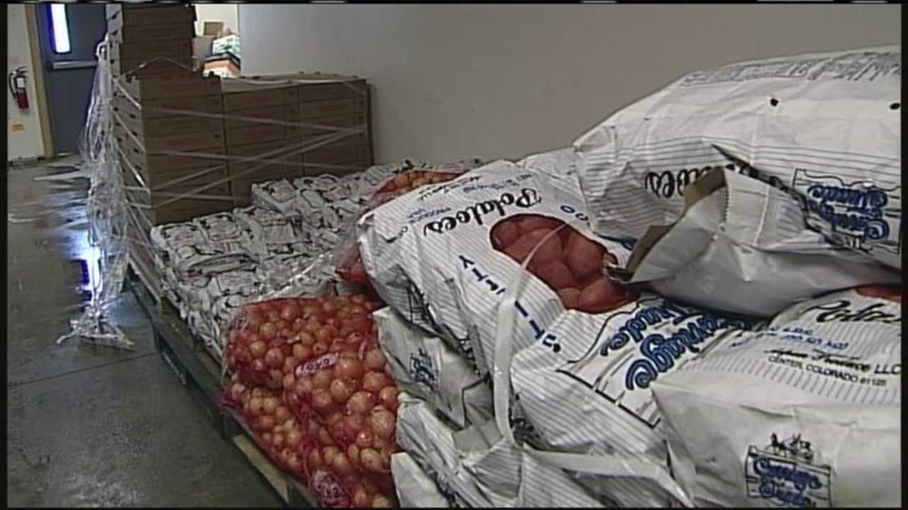 img-Hannaford changes food donation policy