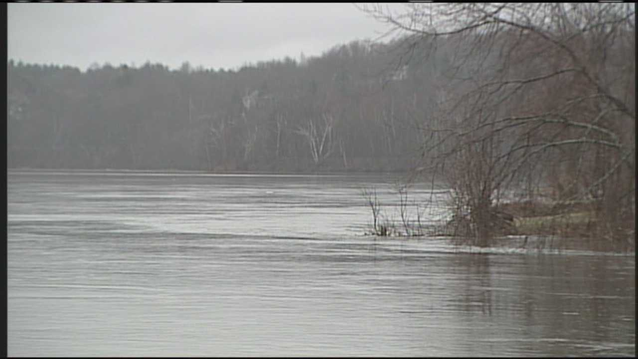 Heavy rains expected this week could cause some rivers to overflow their banks. WMTW News 8's Lindsay Liepman reports.