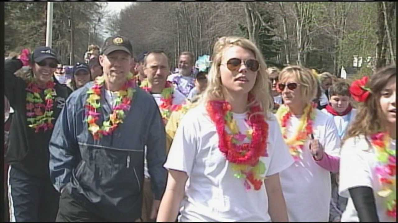 img-Over 300 people walk to battle epilepsy in Saco