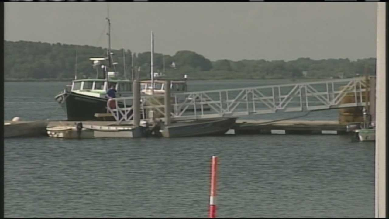 img-Marine traffic tied up in Scarborough due to dredging delay