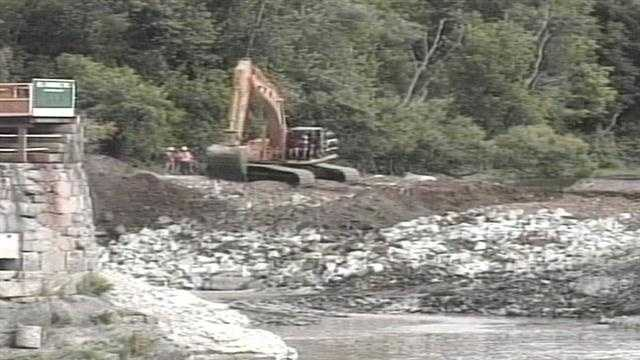In 1997, the U.S. Government refused to re-license the dam and ordered its removal.