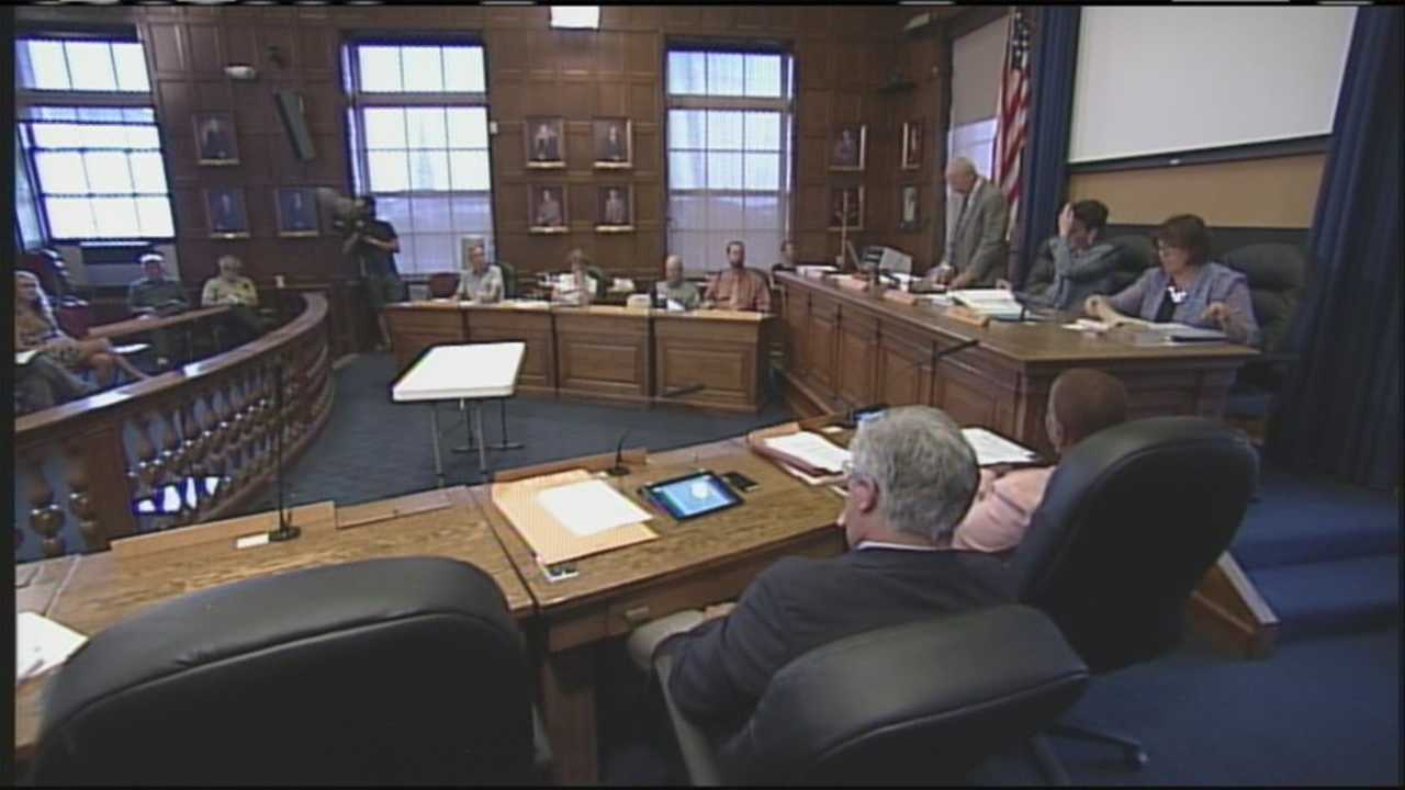 Councilors in the majority cite the U.S. Supreme Court's ruling against a similar buffer zone in Massachusetts as reasons behind the decision. WMTW News 8's David Charns explains.