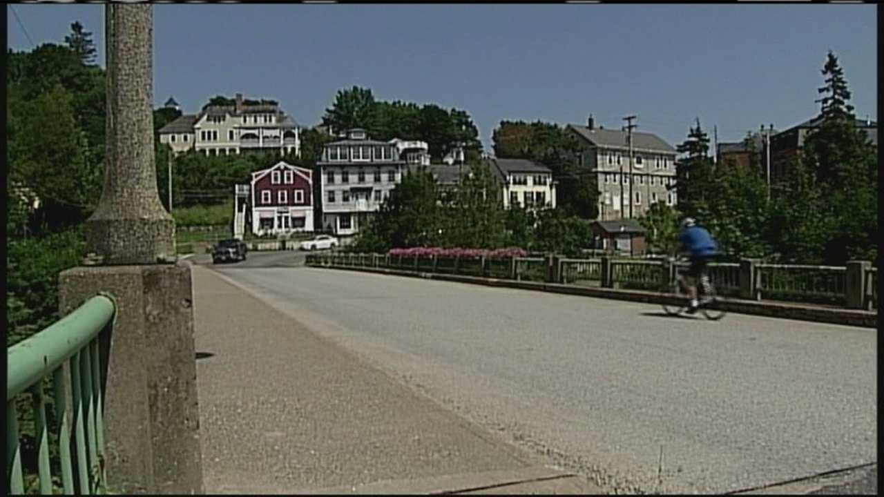 img-Small Maine town now first to run high-speed internet service