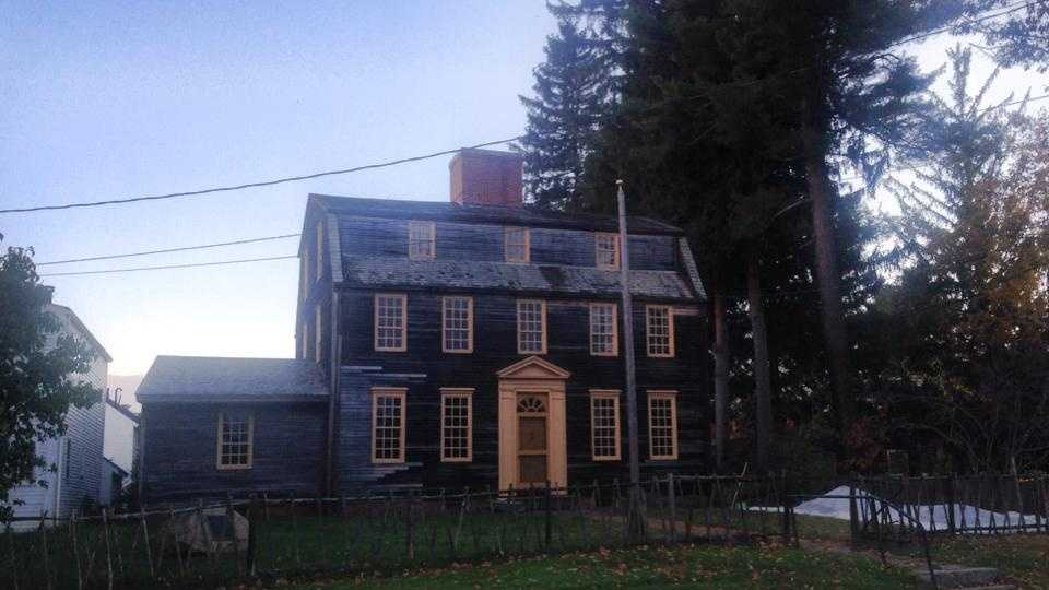 The Tate House was built by Captain George Tate, who came to the area in 1751. He built the house in the Stroudwater for himself, his wife Mary and his four sons.
