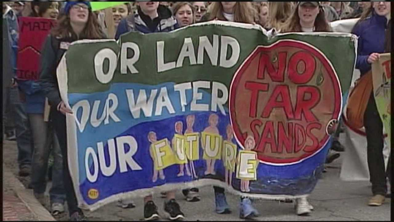 Maine students concerned about the impacts of climate change are urging the state's leaders to take action.