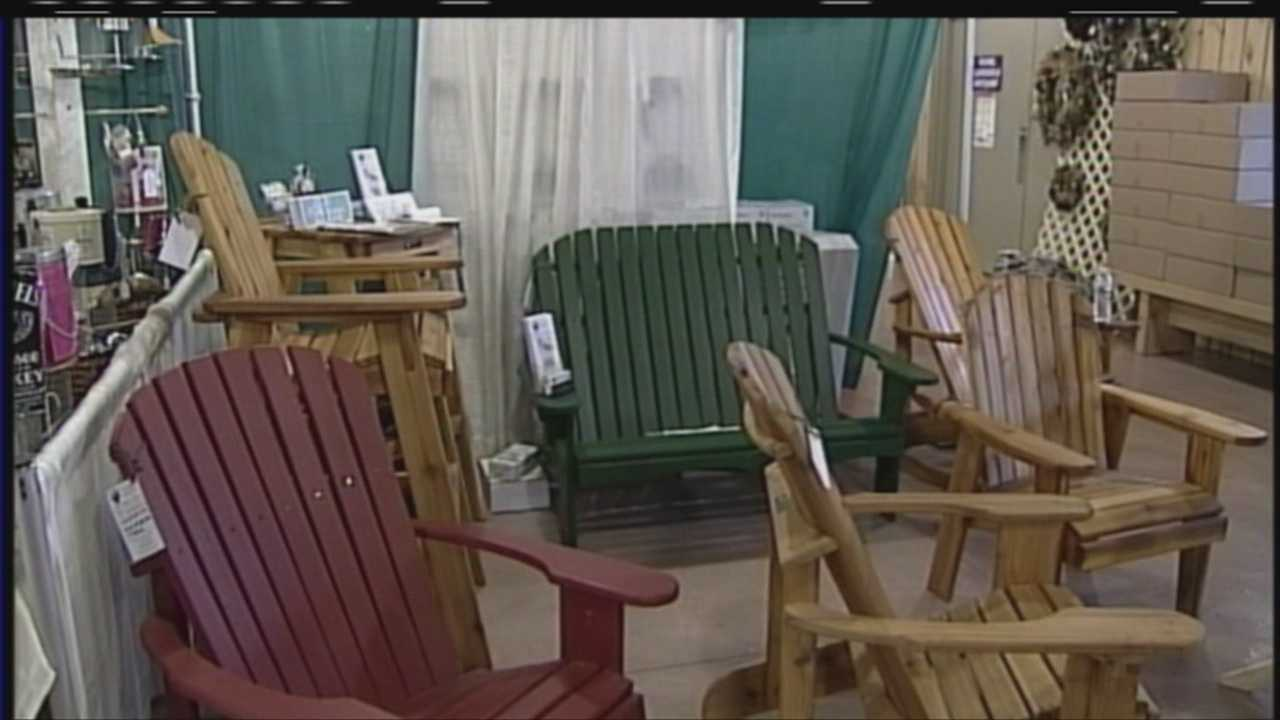 Named by Yankee Magazine as one of the top things to do in Maine, the Northern New England Home, Garden and Flower show is a great place to get a jump start on your home and improvement and gardening projects. WMTW News 8's Morgan Sturdivant has more.