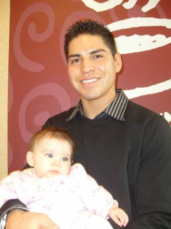 Being a sportscaster takes plenty ofhard work, but it does have its perks: Like when Jacoby Ellsbury scooped up Travis' daughter for this photo.
