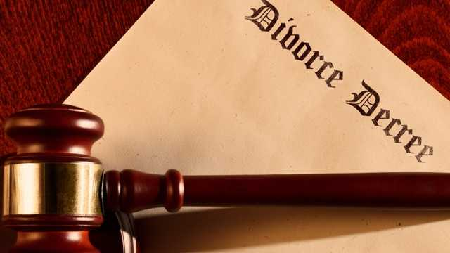 Divorce decree, court blurb