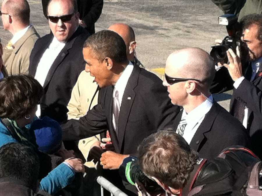 President Obama arrived at the Portland Jetport shortly after 4 p.m on Friday.