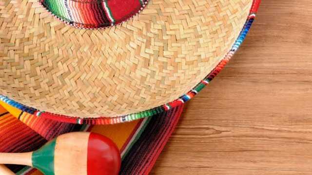 Cinco de May, sombrero, maracas, Mexico