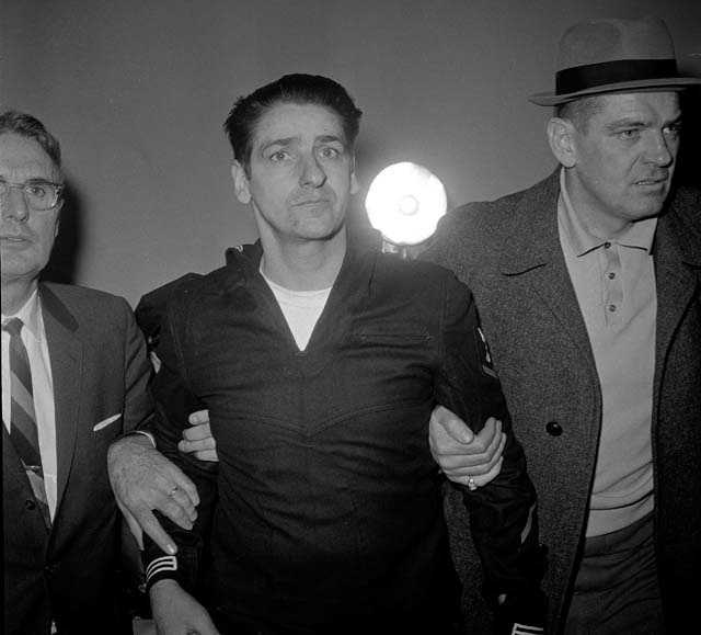 Though there were some inconsistencies in his account, DeSalvo was able to cite details which had not been made public about the Strangler killings. However, there was no physical evidence to substantiate his confession.