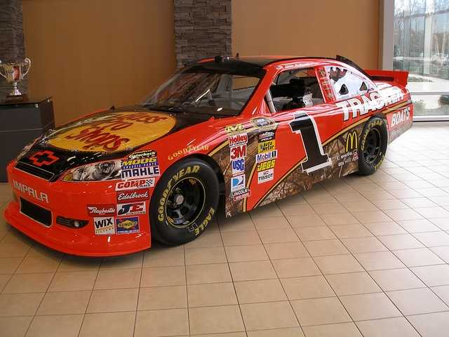 Jamie McMurray will be racing for Manchester on July 15.