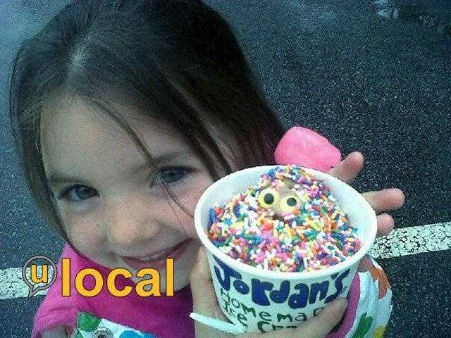 #1 Jordan's Ice Creamery - 894, Route 106, Belmont, N.H.