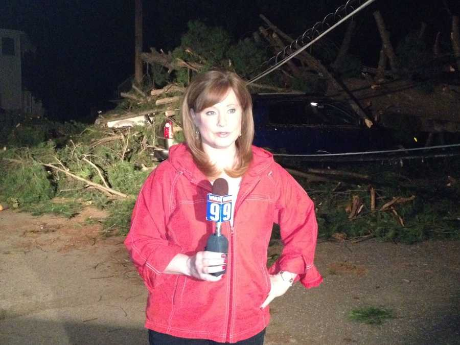 10:54 pm: Jean gets ready for her 11 p.m. live shot.