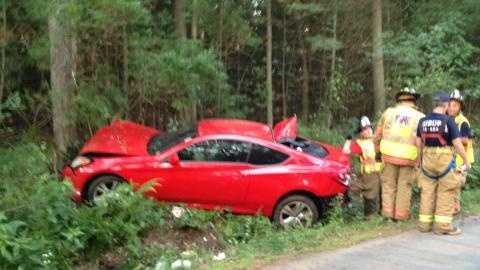 Three teens suffered non-life-threatening injuries after a head-on crash in Auburn, say police.