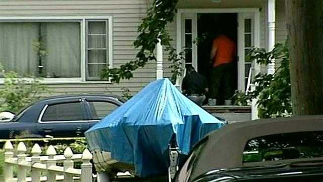 Three people in Salem died of gunshot wounds in an apparent murder-suicide Tuesday afternoon, investigators said.