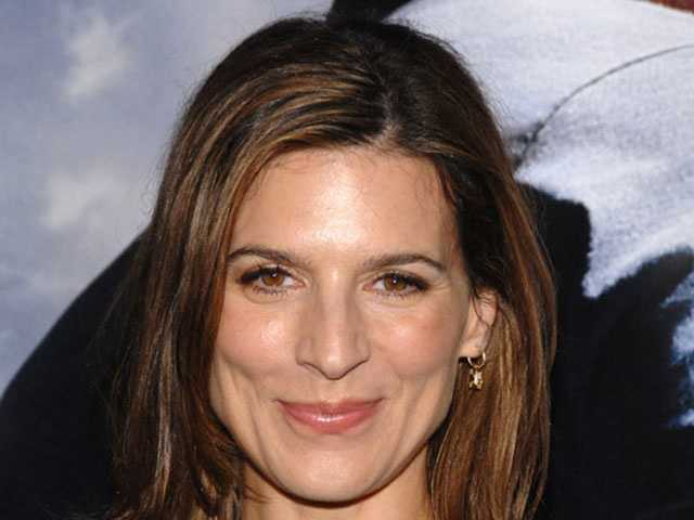 Beloved by male fans of HBO's hit show, Entourage, where she played Melissa Gold, Perrey Reeves stepped onto the Hollywood scene for the first time with her killer legs in 1989's Mothers, Daughters, and Lovers.