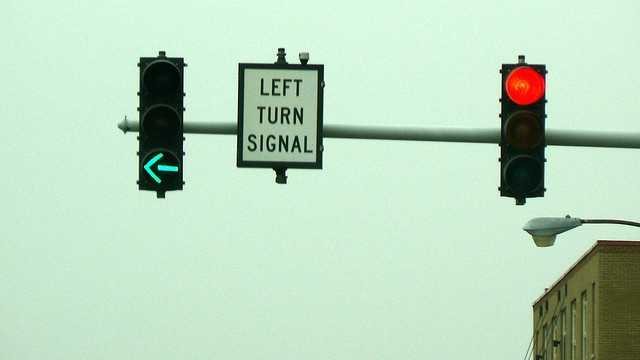 Drivers must signal at least 100 feet before turning. On the highway, drivers must signal at least 500 feet before a turn.
