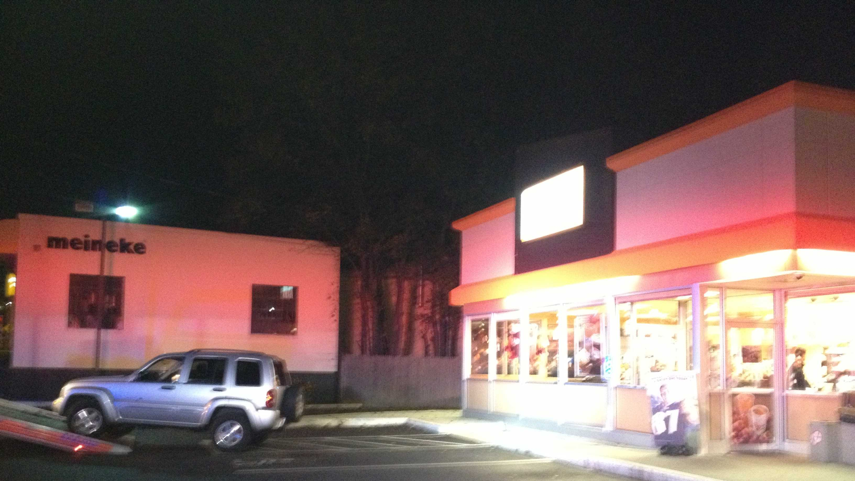 SUV crashes into Dunkin' Donuts