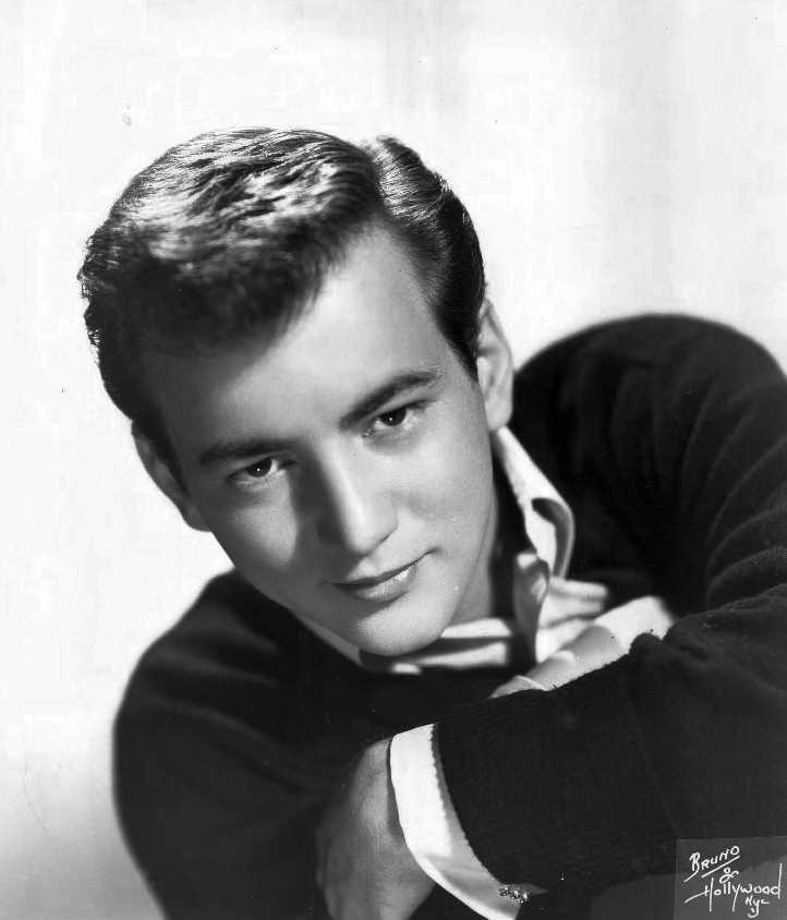 """If Sean could interview anyone, he would interview Bobby Darin because """"he lived every day like his last."""""""