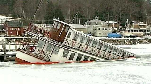 Popular restaurant ship sinks