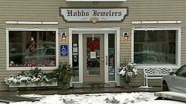Owners shocked by jewelry store robbery