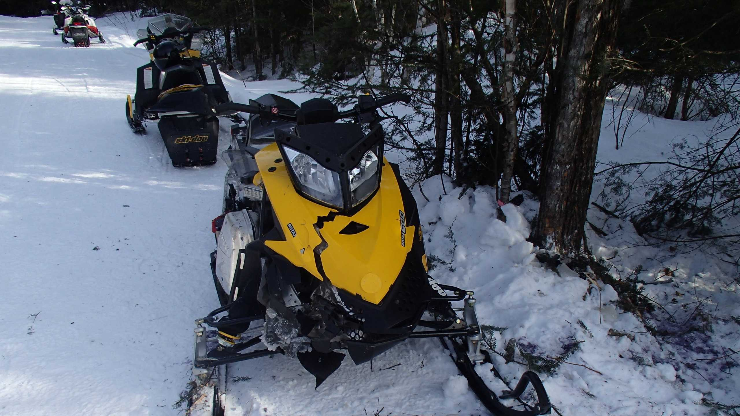 Pelham man injured in snowmobile accident