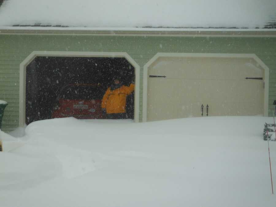 Some pictures taken in around Nashua's North End, including Greeley Park, during Snowstorm Nemo 2013.