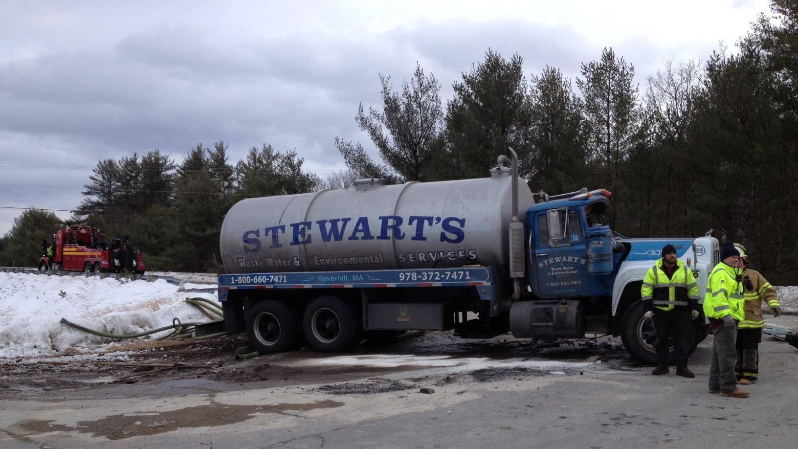 warner-truck-spill-220.JPG