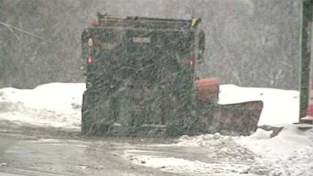 Heavy snow falls in some areas