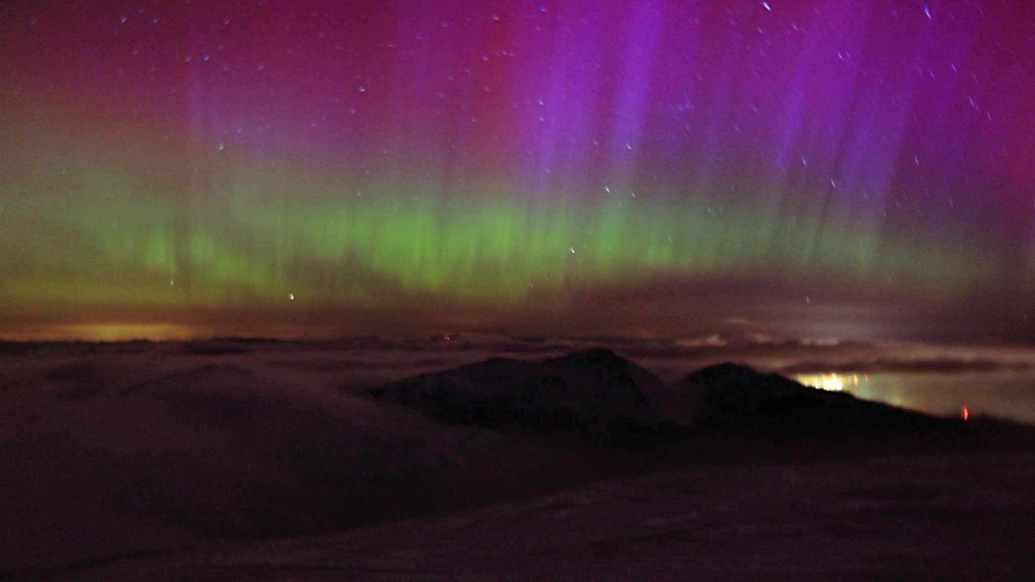 08-northern-lights-318.jpg