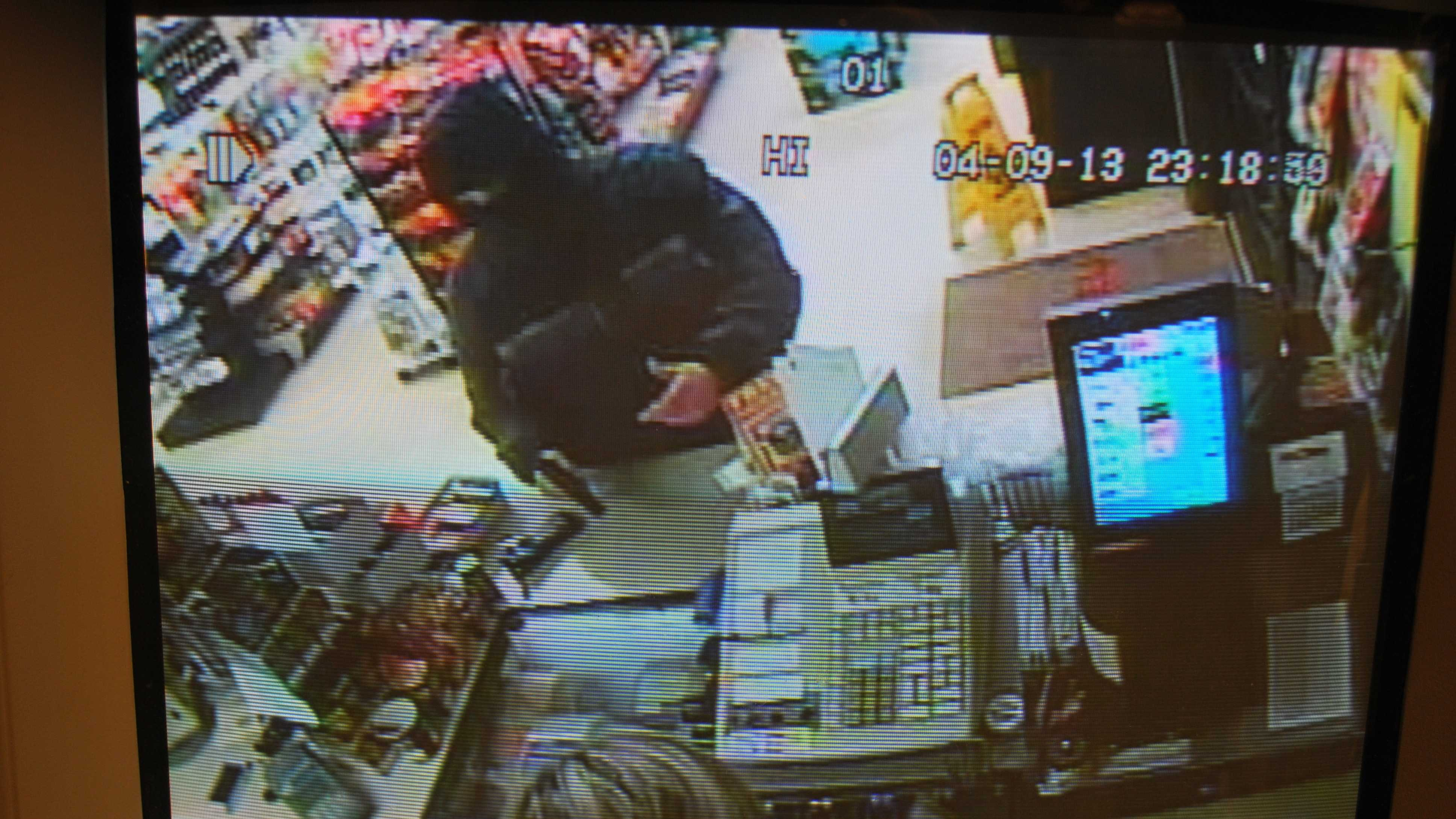 img-Rochester armed robbery