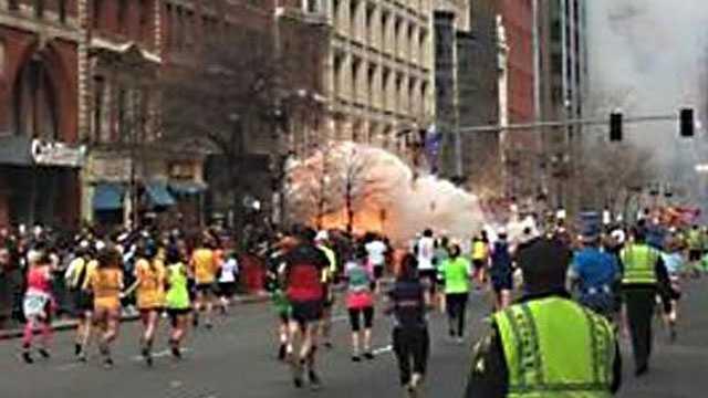 Marathonexplosion3-415.jpg